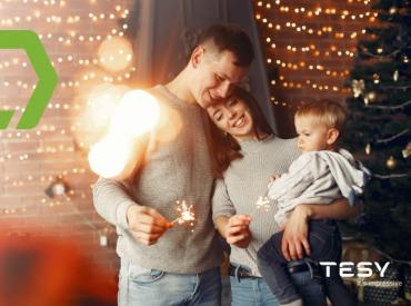 La Navidad es época de celebraciones, alegría e ilusión, pero también de un mayor consumo eléctrico, ya que pasamos más tiempo en casa y las temperaturas son inferiores. Esto, unido a la iluminación navideña, el uso de la calefacción por las bajas temperaturas o las largas sesiones de cocina, provocan que nuestro recibo de la […]